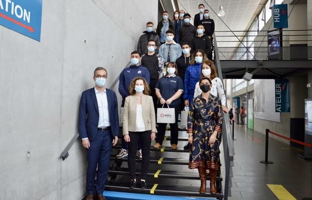 La promotion de la préparation opérationnelle à l'emploi collective aux côtés des représentants de Pôle emploi, de l'UIMM Sud et de Dalkia Méditerranée. ©N.B.C
