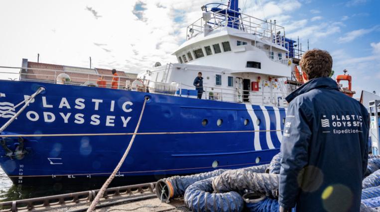 Le Navire Laboratoire de Plastic Odyssey cp Plastic Odyssey