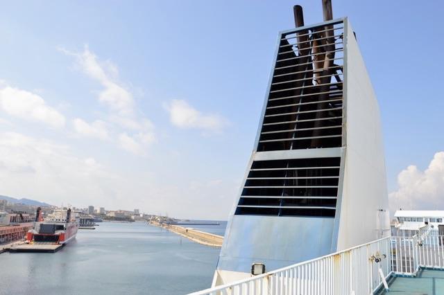 1 100 escales de navires en 2019 se sont connectées à l'électricité. ©NBC