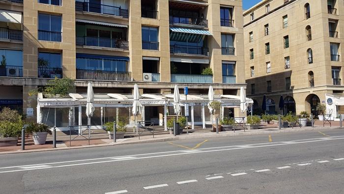 Les terrasses des cafés et des restaurants vont pouvoir non seulement rouvrir, mais s'étendre (photo : F.Dubessy)