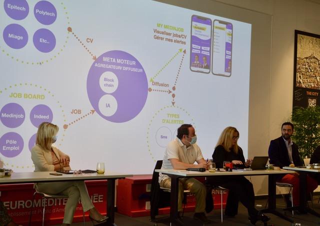 Présentation de « My MedinJob » par Stéphanie Ragu, Kevin Polizzi, et Alexandre Barthélémy respectivement présidente, vice-président et membre du bureau de Medinsoft. ©NBC
