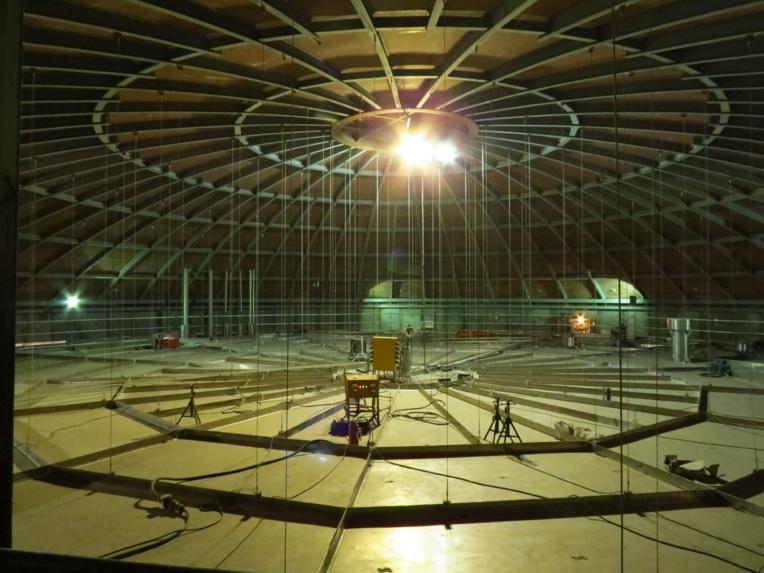 Le toit du réservoir est supporté par une charpente métallique (Photo JC Barla)