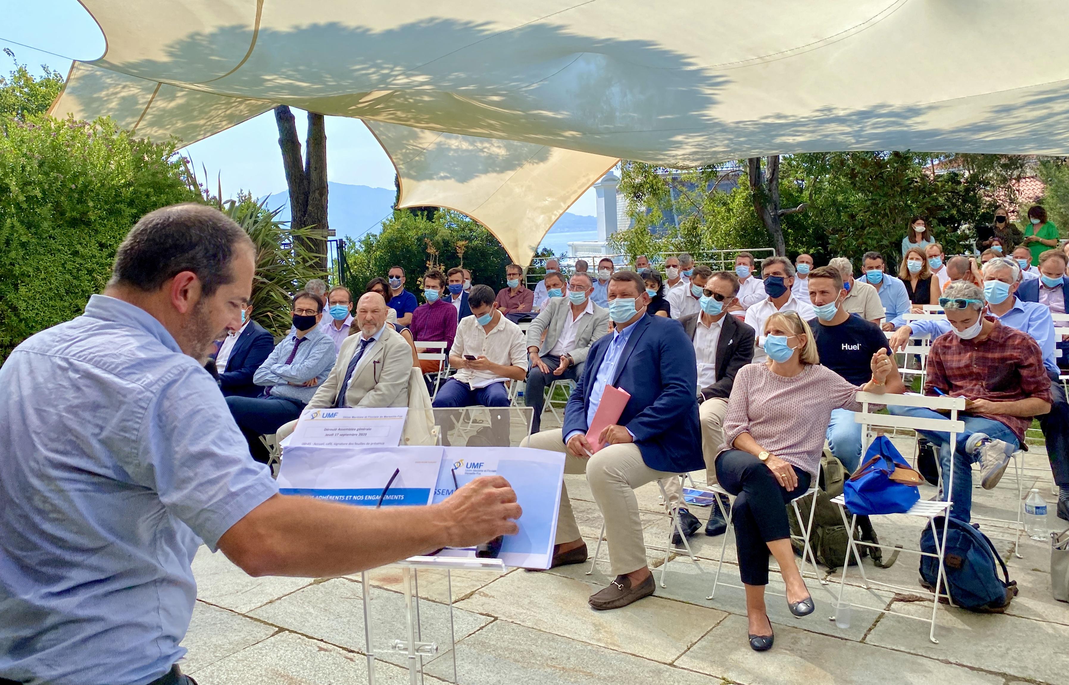Réunis sous l'égide de l'Union maritime et Fluviale, la grande famille du shipping s'est  retrouvée le 17 septembre à la villa Gaby sur la Corniche à Marseille pour présenter le Pacte d'engagement pour la relance et la compétitivité de la place portuaire. ©N.B.C