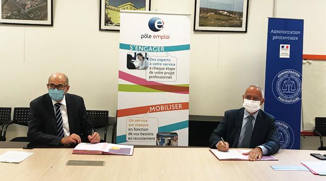 De g à dr : Thierry Lemerle ( Pôle Emploi) et Thierry Alves (Services pénitentiaires de Marseille)©DR