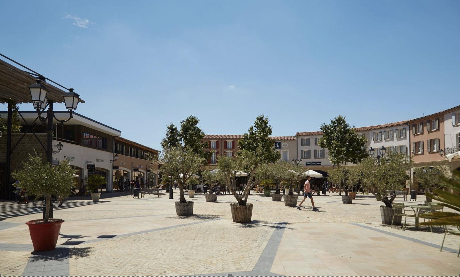 Le village des Marques Mc ArthurGlen Provence à Miramas