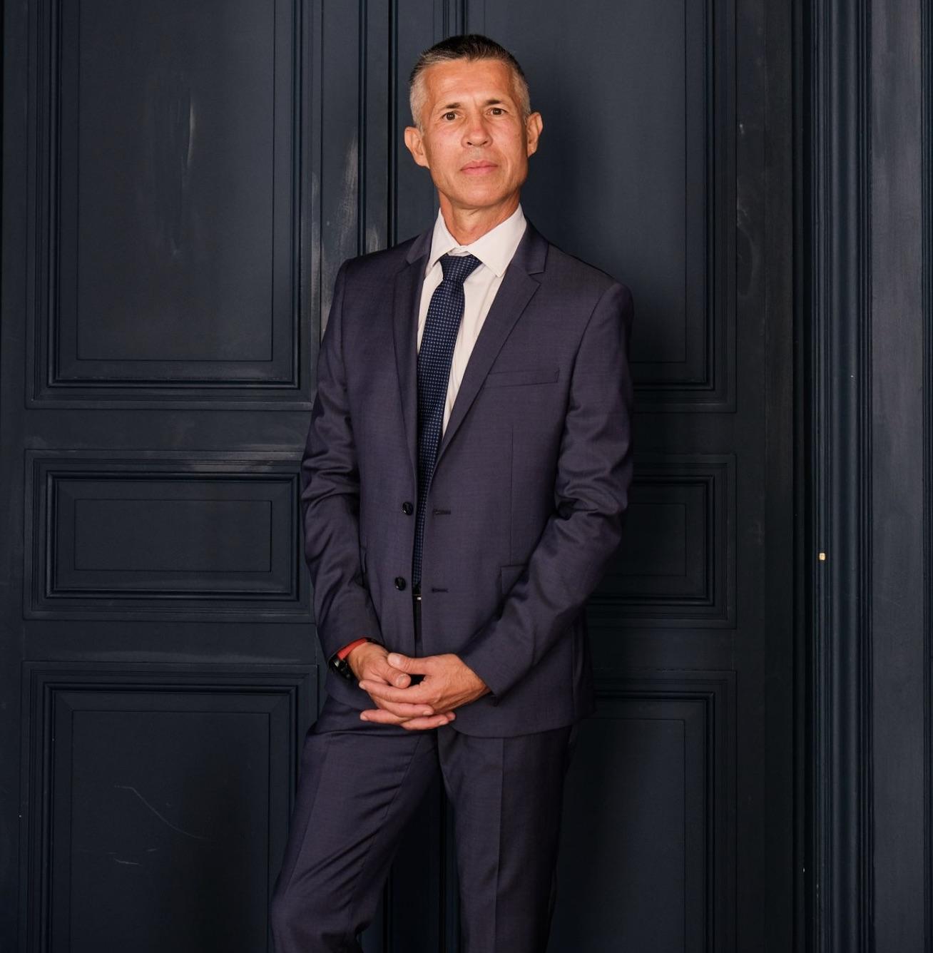 Karim Touati a succédé à Jacques Frossard à la tête de SNC Réseau en PACA.  Une prise de fonction, en pleine crise covid, marquée par la signature d'un contrat de performance avec la Région Sud. ©SNCF Réseau.