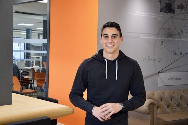 Lorenzo Costa, 24 ans, voit cette formation comme l'opportunité de se former. ©NBC