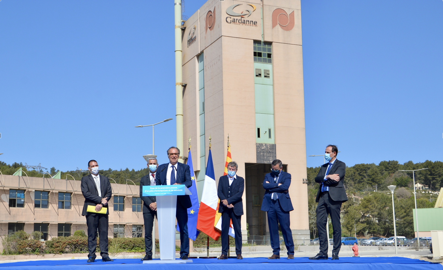 Ce vendredi 2 avril 2021 marque le commencement de la construction de trois nouveaux bâtiments à l'entrée du Pôle Morandat. ©NBC