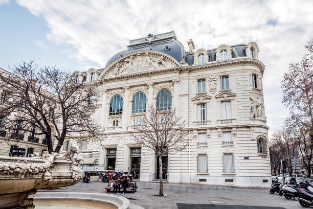 Le siège historique de la Caisse d'Epargne CEPAC à Marseille©Joël Assuied