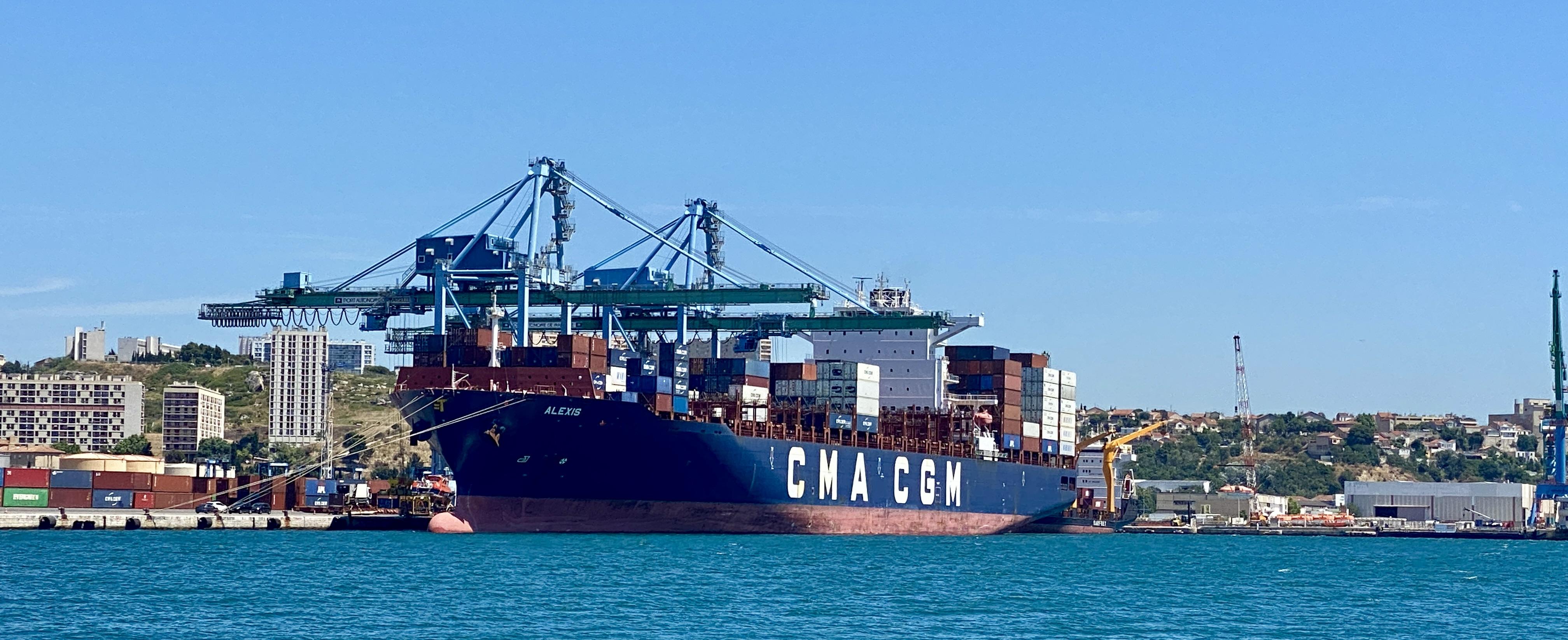 CMA CGM a lancé fin 2020 un service conteneurisé (TMX2) connectant Marseille aux ports d'Italie, de Turquie et d'Algérie. ©NBC