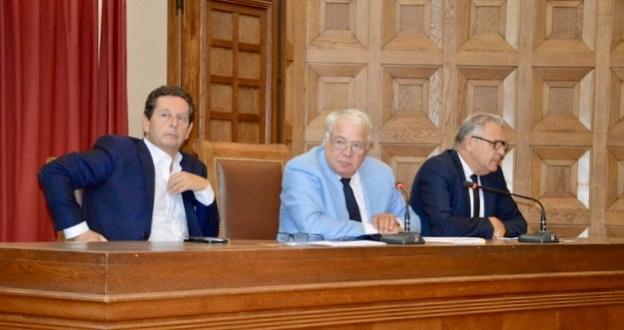 Philippe Korsia, président de l'UPE 13, Jean-Marc Latreille, président du tribunal de Commerce de Marseille et le président de l'ARE Benoît Desteract. ©NBC